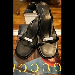 Gucci Sandals for spring /summer black leather